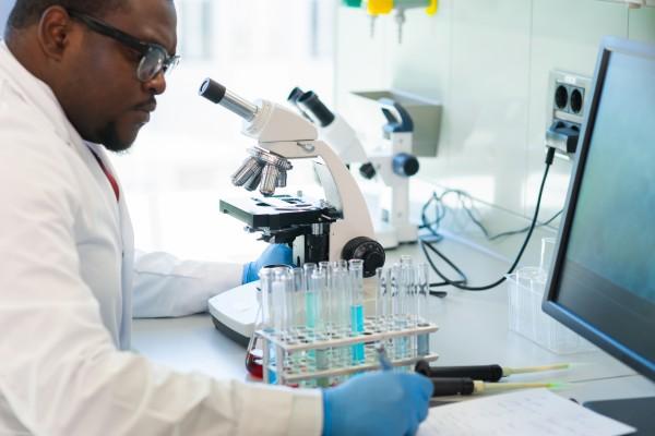 Les laboratoires pharmaceutiques peuvent-ils être disruptés ?